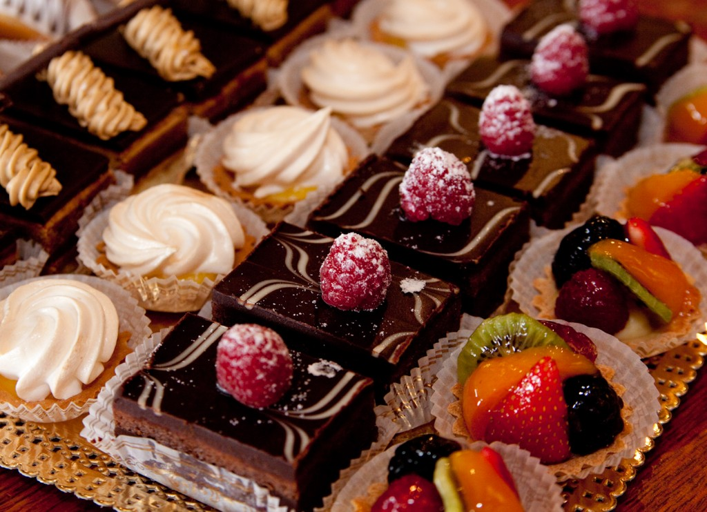 French desserts with fruit