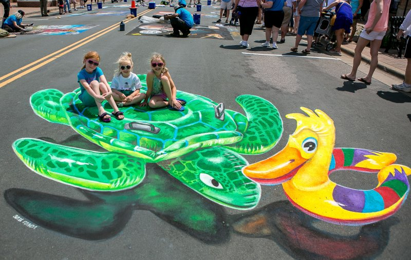 Chalkfest Turtle and Duck Floats