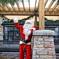 Arbor Lakes Santa Claus