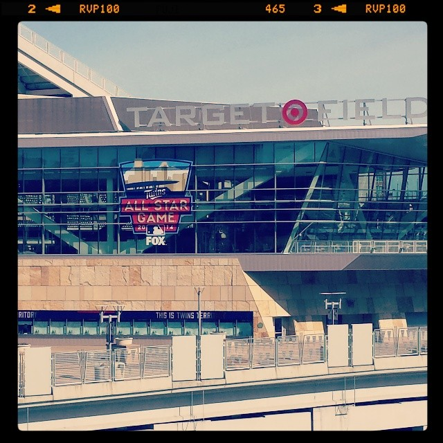 Target Field Outside | Minneapolis Northwest